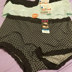 Women's x large underwear  size 8 Warners.  2 cord